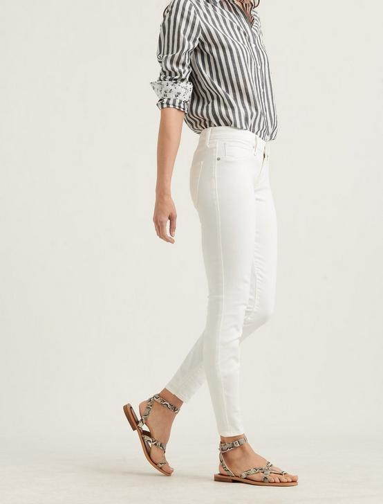 LOW RISE LOLITA SKINNY JEAN, CLEAN WHITE, productTileDesktop