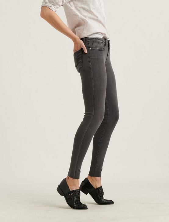 LOW RISE LOLITA SKINNY 4-WAY STRETCH JEAN, LISBON CT, productTileDesktop