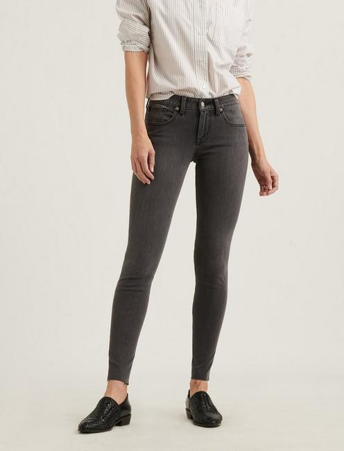 LOW RISE LOLITA SKINNY 4-WAY STRETCH JEAN, LISBON CT