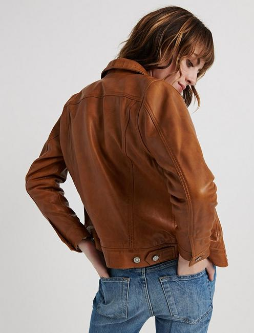 LEATHER TRUCKER JACKET, TAN