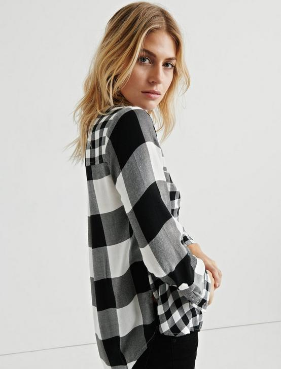 PLEAT BACK MIXED PLAID, BLACK MULTI, productTileDesktop