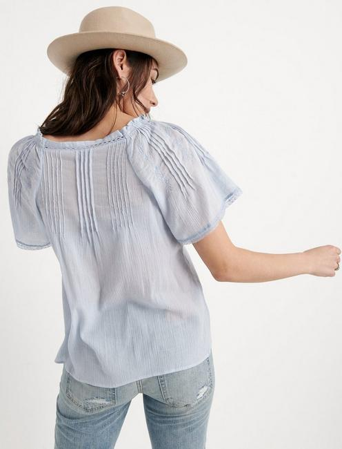 EMBROIDERED FLUTTER SLEEVE TOP, KENTUCKY BLUE
