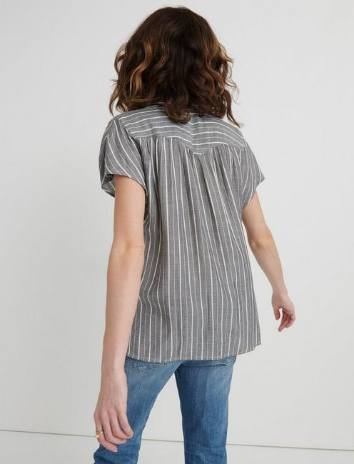 STRIPE SHORT SLEEVE TOP, GREY STRIPE
