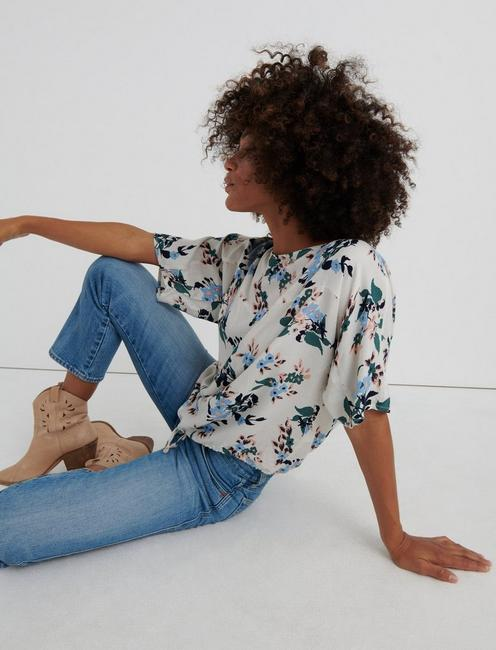 FLORAL BOAT NECK TOP, NATURAL MULTI