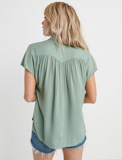 SOLID SHORT SLEEVE TOP, ICEBERG GREEN