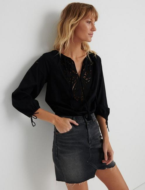 VIVIENNE EYELET TOP, 001 LUCKY BLACK