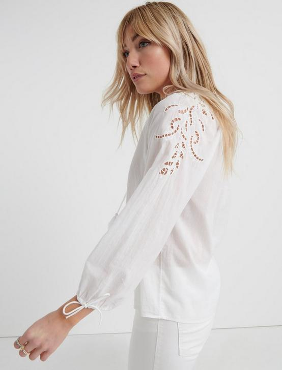 VIVIENNE EYELET TOP, LUCKY WHITE, productTileDesktop