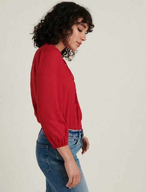 PLEATED POPOVER TOP, SCOOTER