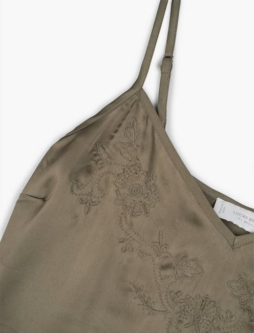 EMBROIDERED SILKY CAMI, GRAPE LEAF