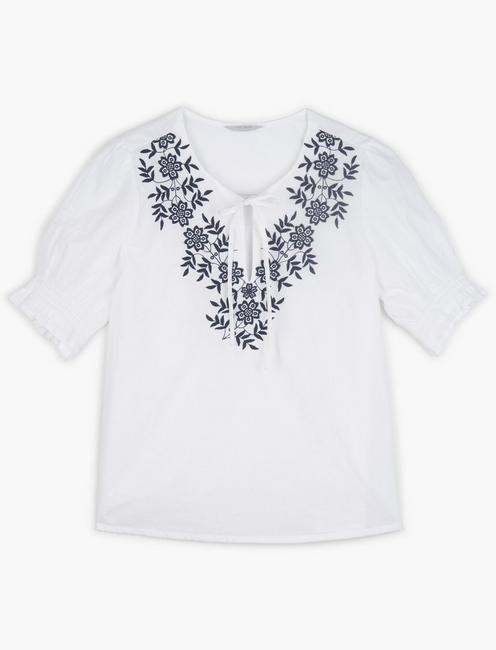 EMBROIDERED FEMININE BLOUSE, BRIGHT WHITE