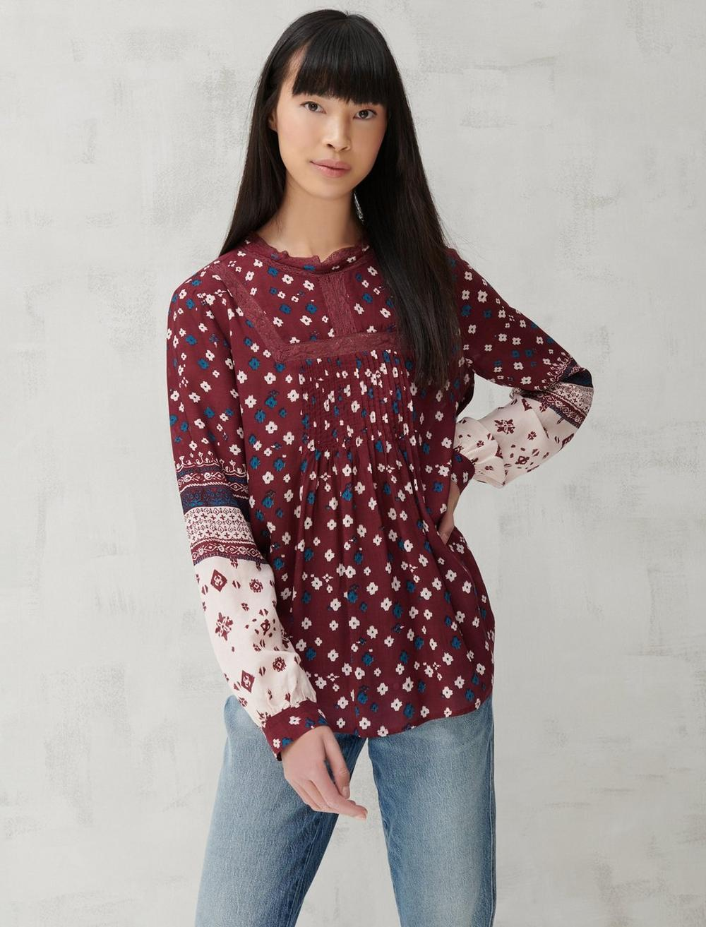 HIGH NECK LACE INSET TOP, image 1