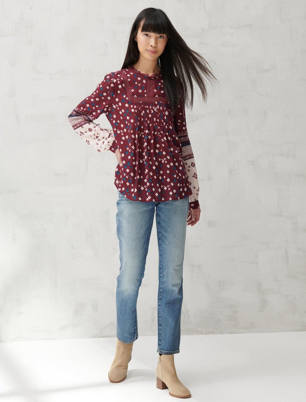 HIGH NECK LACE INSET TOP, image 2