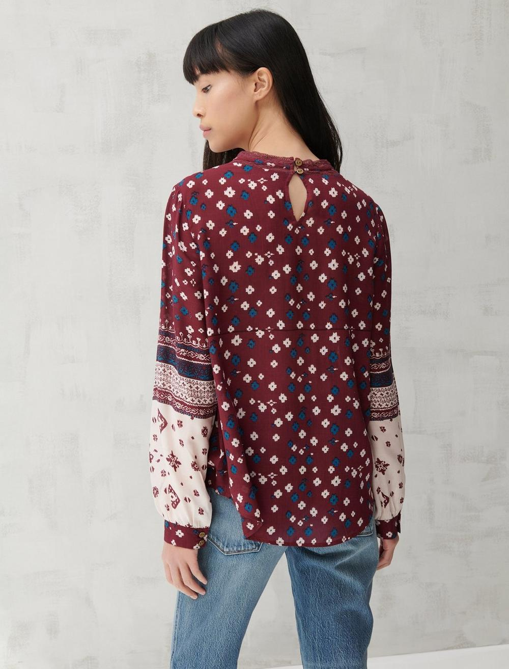 HIGH NECK LACE INSET TOP, image 4