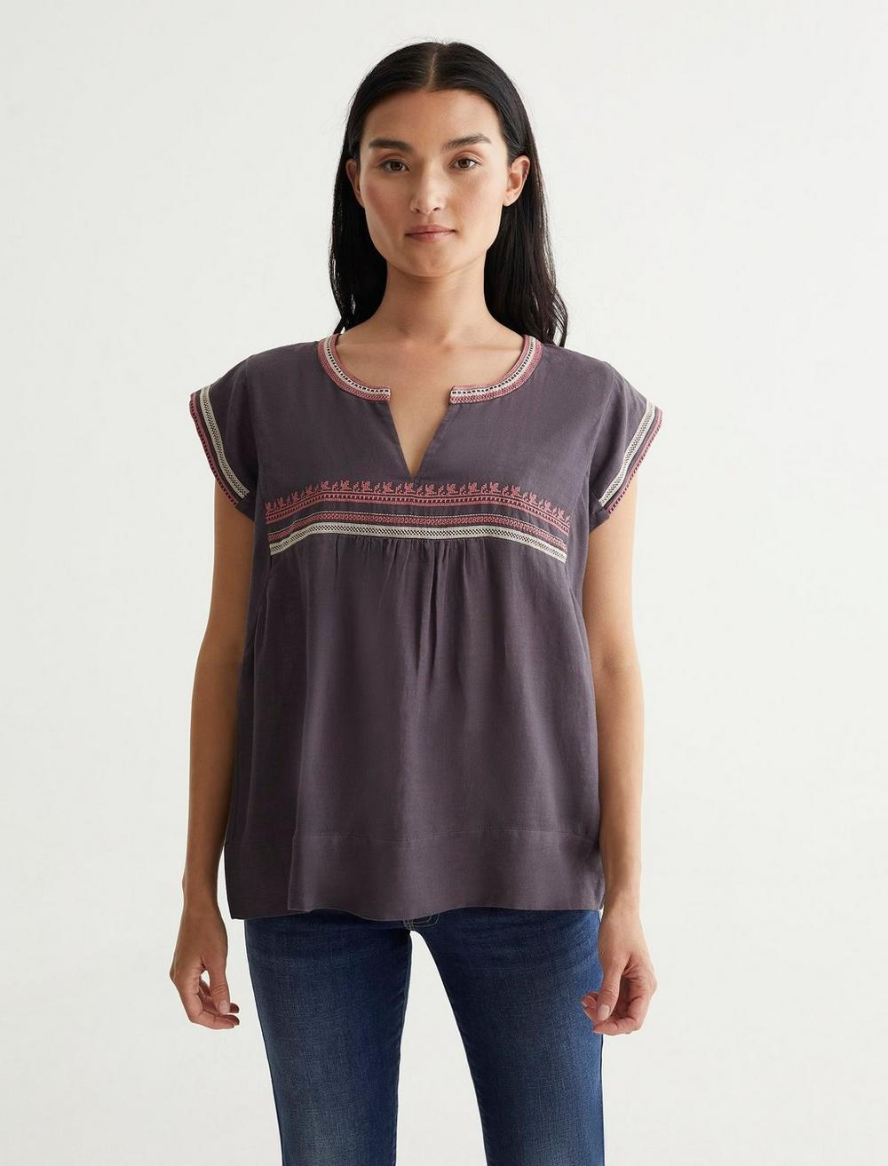 EMBROIDERED WOVEN TOP, image 1