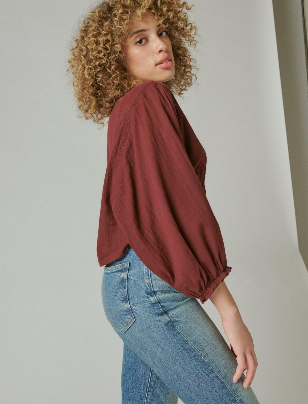 EMBROIDERED ROUND NECK BOXY BLOUSE, image 3