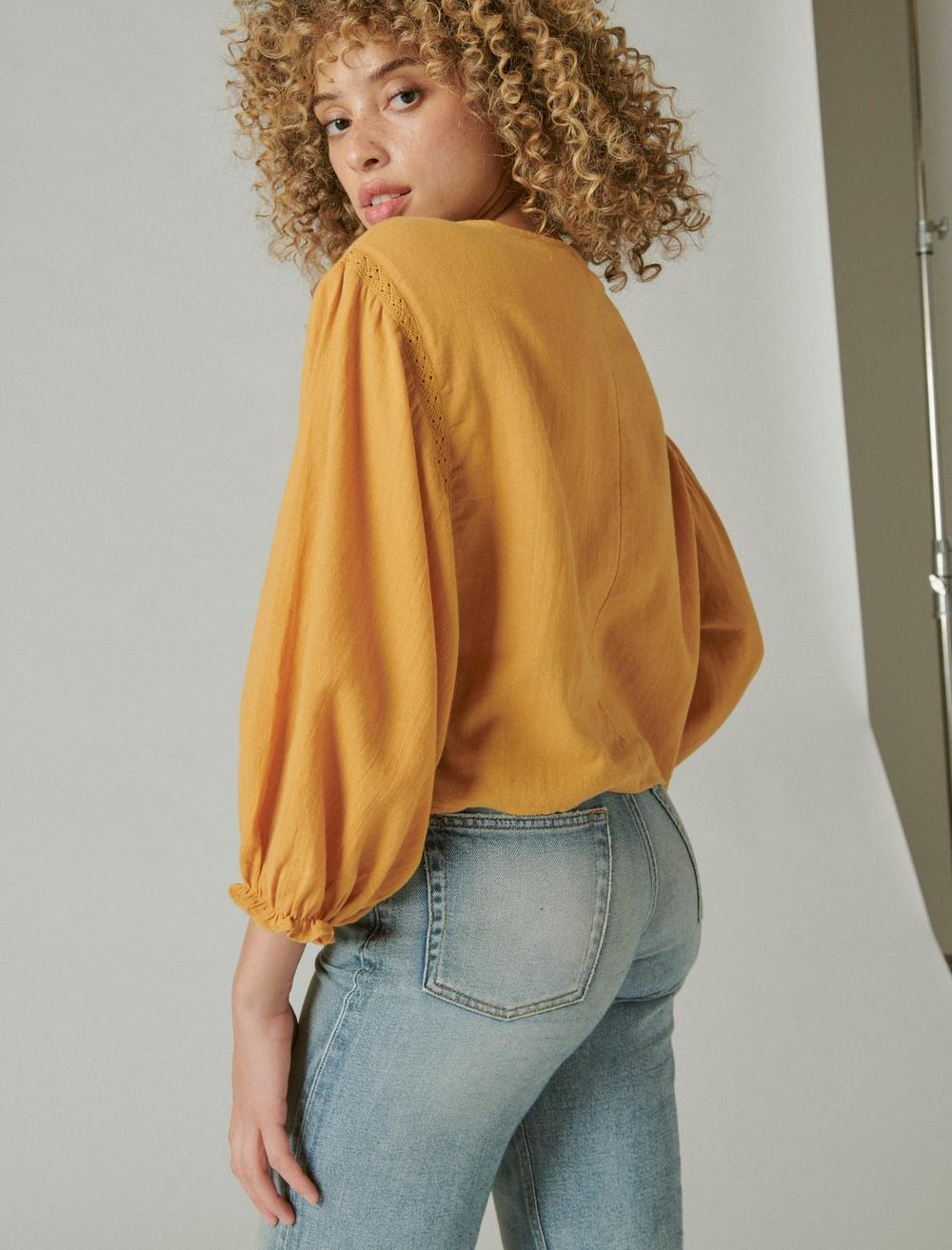 EMBROIDERED ROUND NECK BOXY BLOUSE, image 4