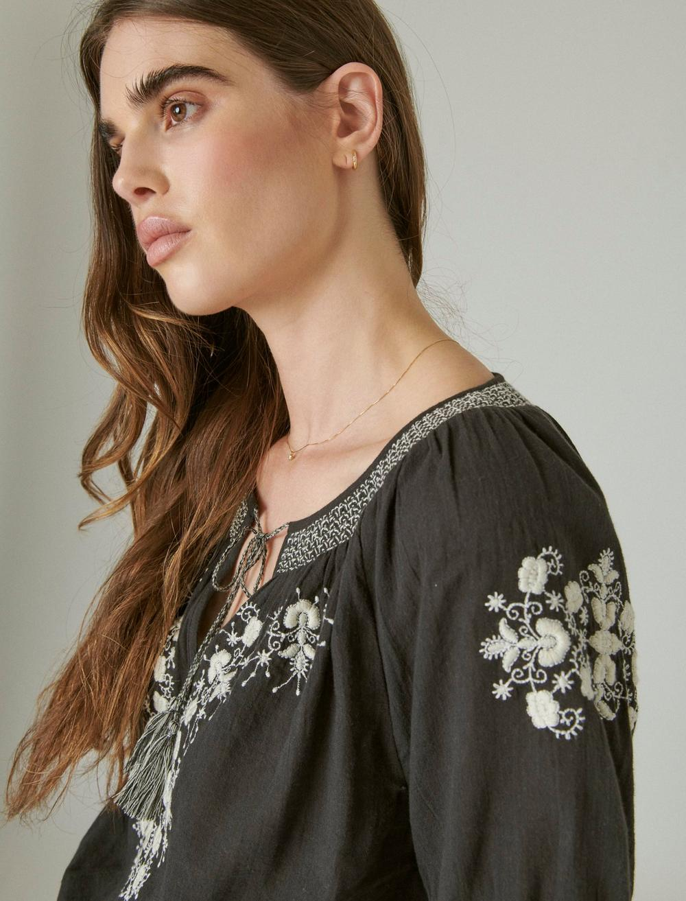 EMBROIDERED SHORT SLEEVE TOP, image 5