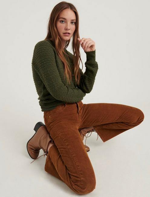 ANDREA TUCK SWEATER, OLIVE