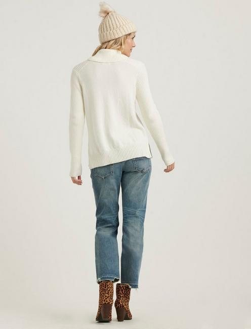SIDE SLIT TURTLENECK SWEATER, SNOW WHITE