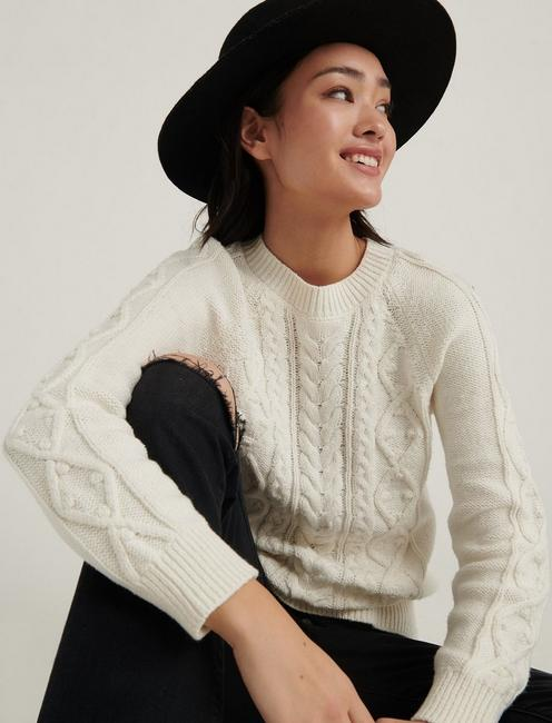 CABLE KNIT CREW NECK SWEATER, SNOW WHITE