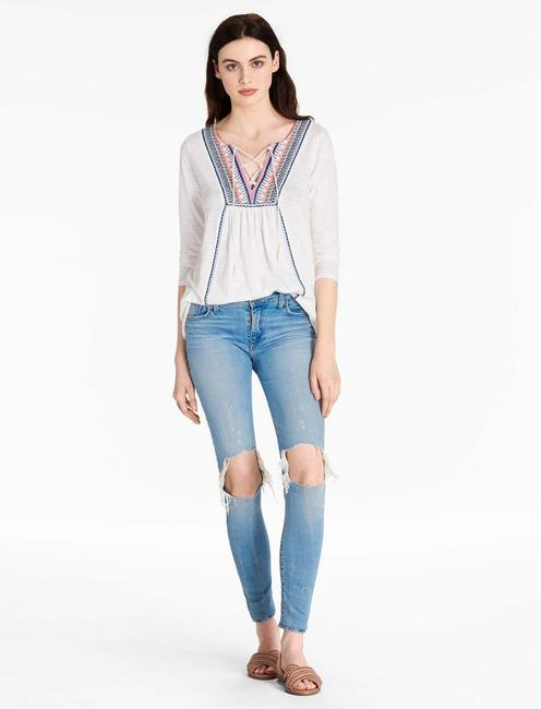 EMBROIDERED TOP, MARSHMALLOW