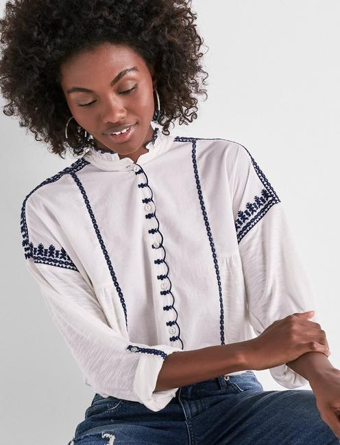 EMBROIDERED SCALLOPED SHIRT,