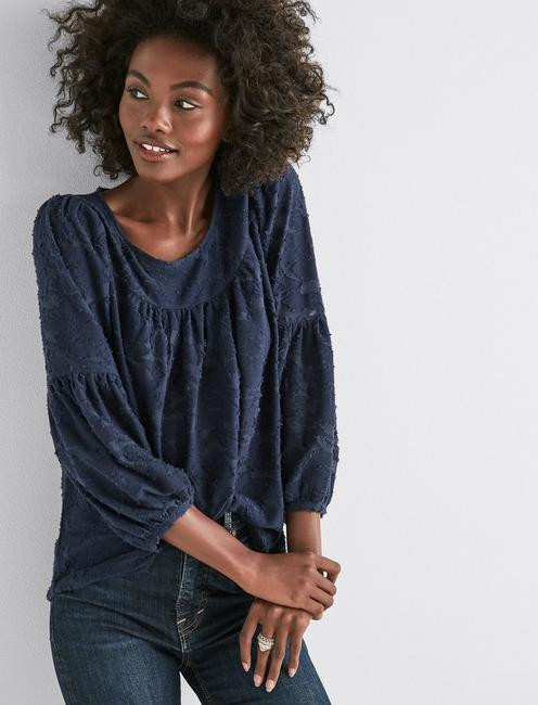 CLIPPED JACQUARD PEASANT TOP,