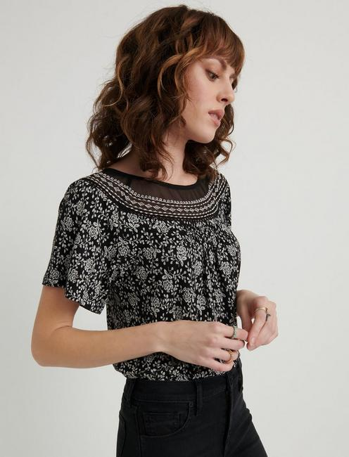 EMBROIDERED WOVEN MIX TOP, BLACK MULTI