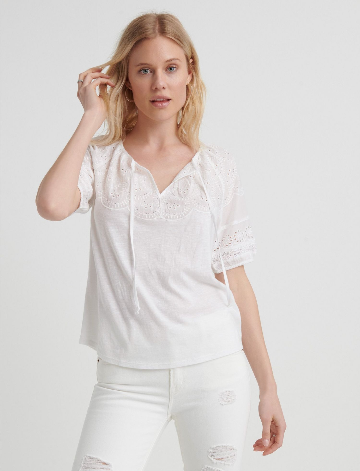Lucky Brand Womens Embroidered Sleeve Peasant Top