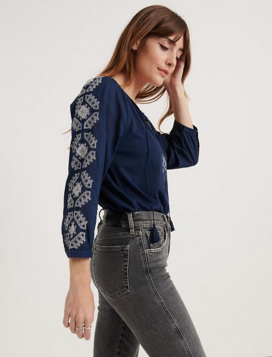 EMBROIDERED 3/4 SLEEVE PEASANT TOP, AMERICAN NAVY, productTileDesktop