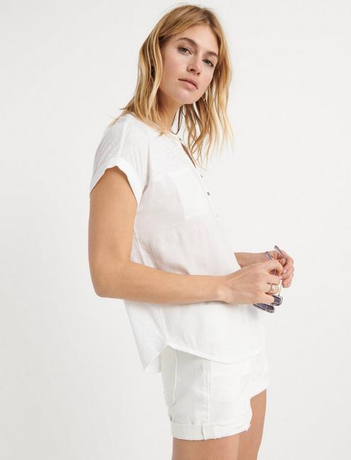 MIX MEDIA SHORT SLEEVE HENLEY, LUCKY WHITE