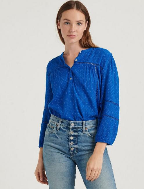 INSET LACE POPOVER BLOUSE,