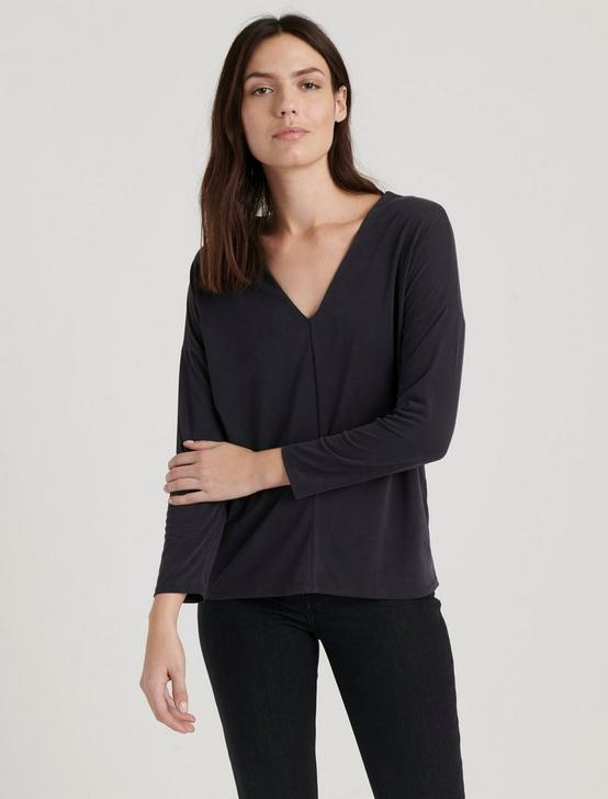 V-NECK SANDWASH TOP, 001 LUCKY BLACK, productTileDesktop