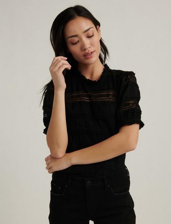 LACE PUFF SLEEVE TOP, 001 LUCKY BLACK, productTileDesktop