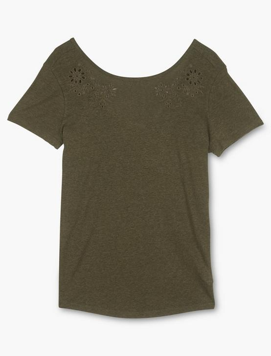 EYELET SCOOP BACK TEE, GRAPE LEAF, productTileDesktop