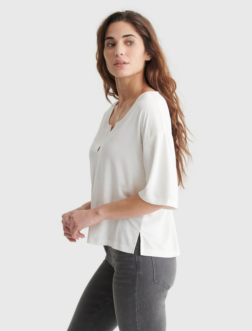 RELAXED-FIT V-NECK KNIT TOP, image 3