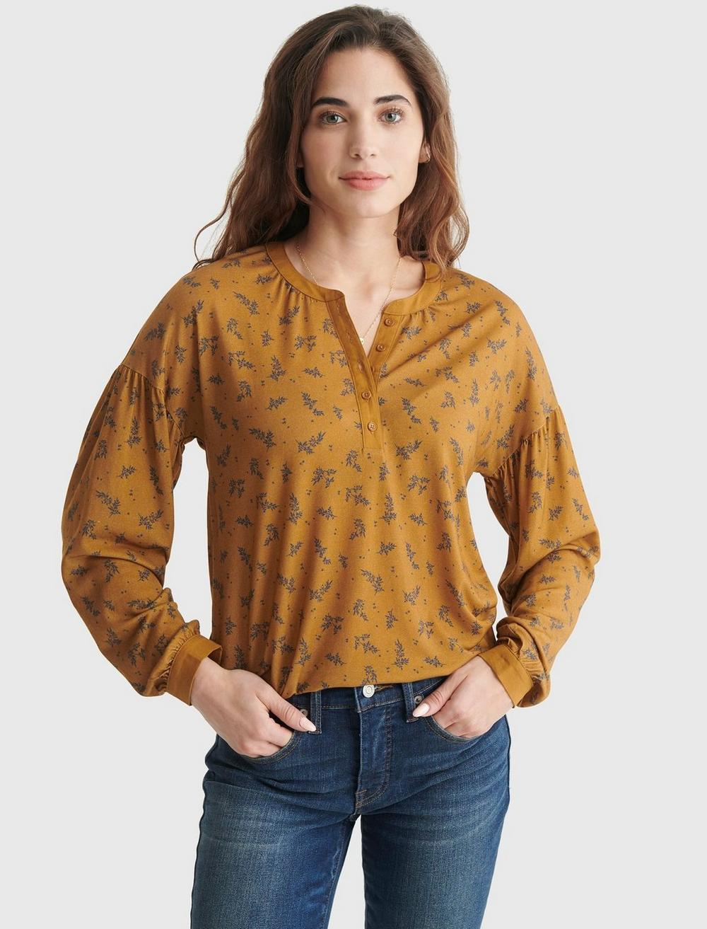 BUTTON-ACCENTED V-NECK TOP, image 1