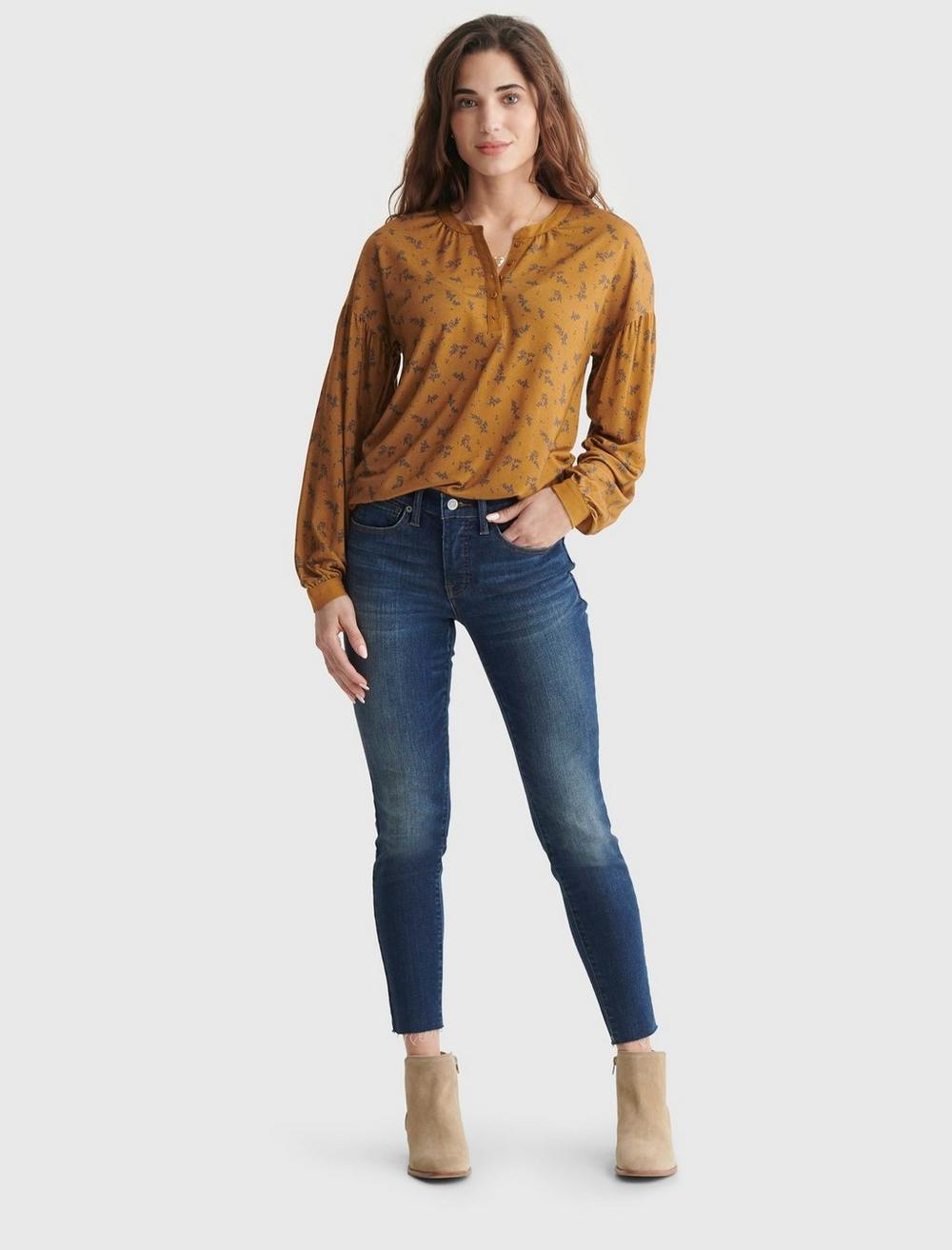 BUTTON-ACCENTED V-NECK TOP, image 3