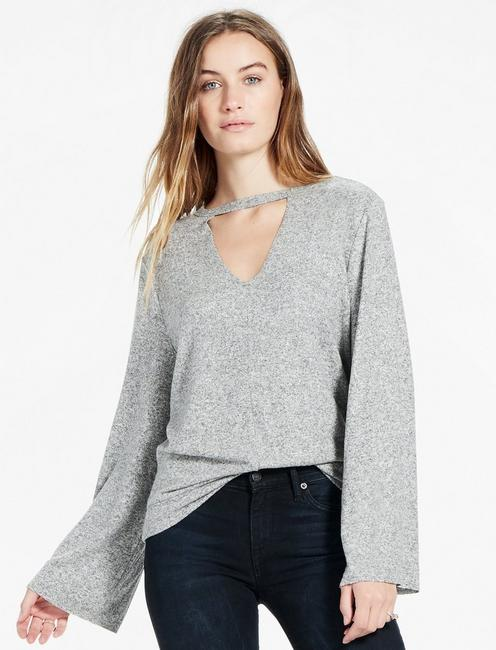CUT OUT PULLOVER,