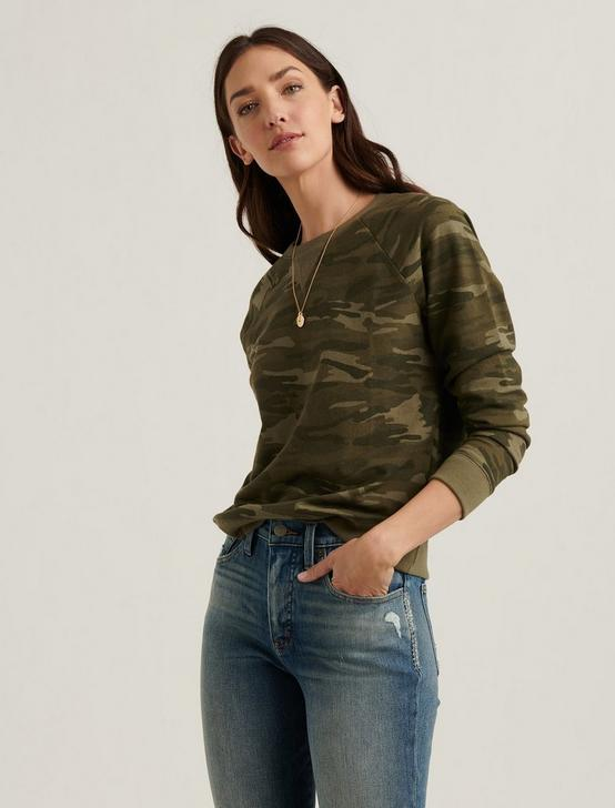 CLASSIC CAMO CREW NECK SWEATSHIRT, GREEN MULTI, productTileDesktop