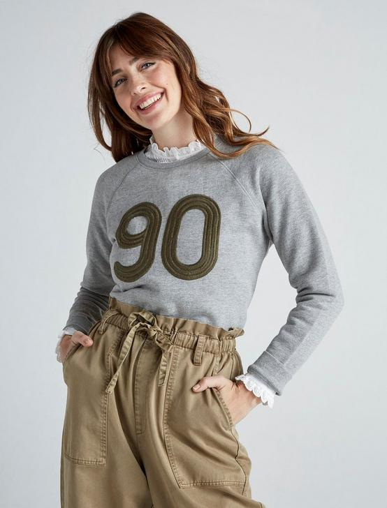 EMBROIDERED 90 SWEATSHIRT, HEATHER GREY, productTileDesktop