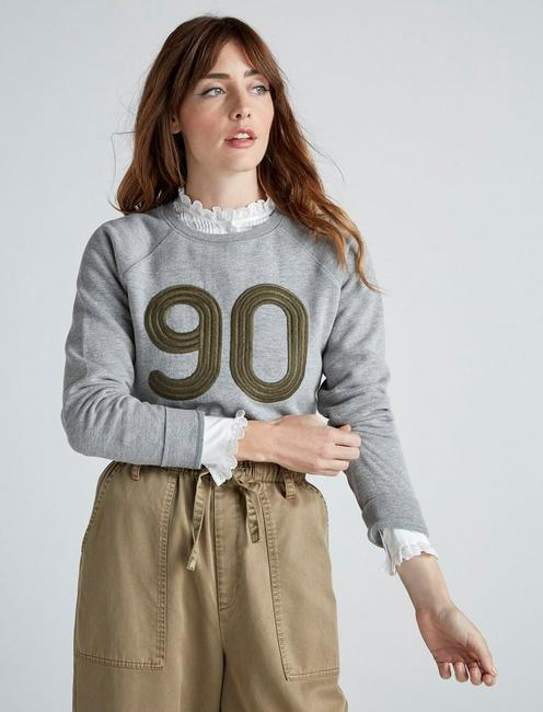EMBROIDERED 90 SWEATSHIRT, HEATHER GREY