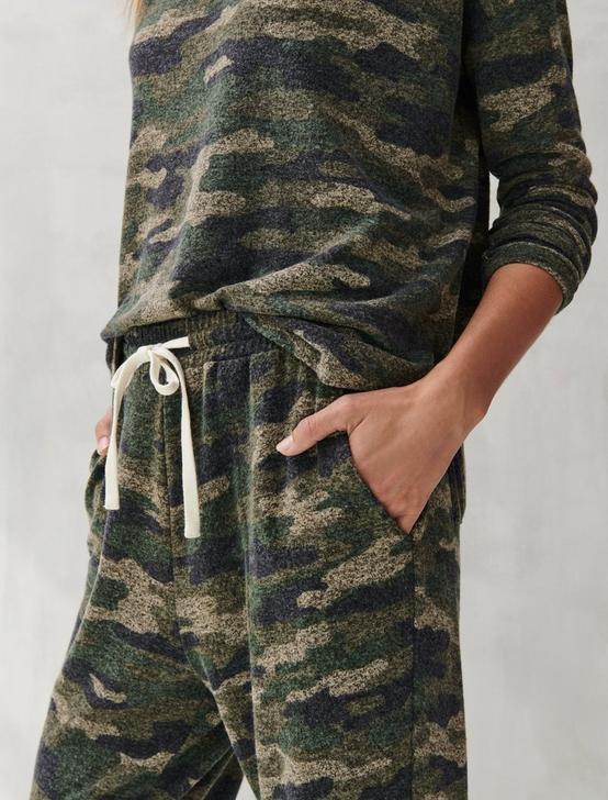 PRINTED BRUSHED HACCI JOGGER, CAMOUFLAGE, productTileDesktop