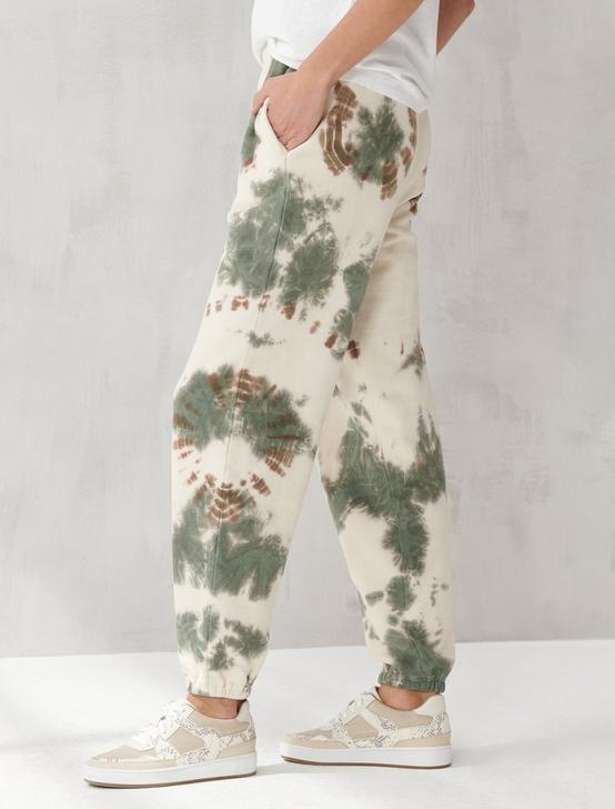 TIE DYE JOGGER, WHISPER WHITE, productTileDesktop