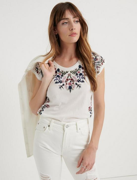 FLORAL GARDEN EMBROIDERED TEE, LUCKY WHITE, productTileDesktop