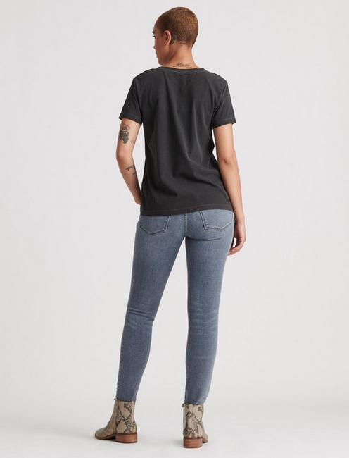 SOLID V-NECK TEE, WASHED BLACK