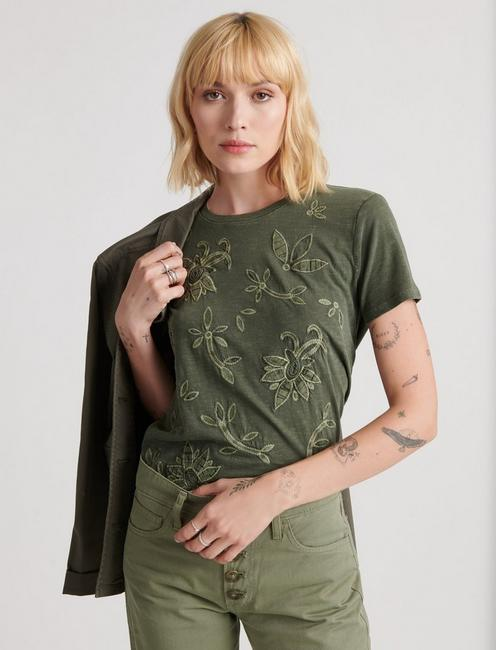 EMBROIDERED APPLIQUE TEE,