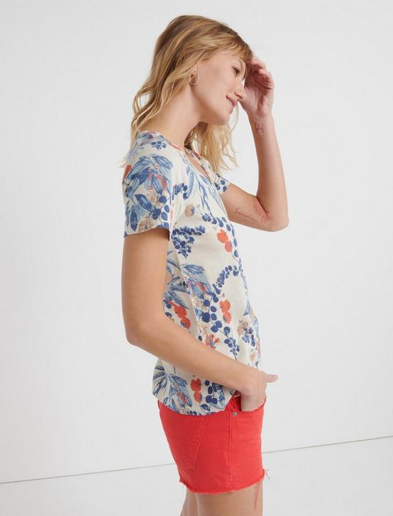 V-NECK FLORAL TEE, WHITE MULTI, productTileDesktop