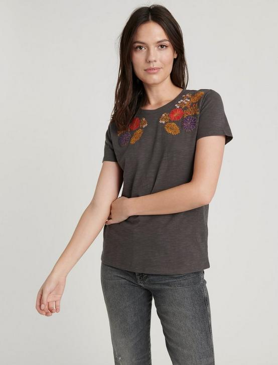 FLORAL EMBROIDERED CHEST TEE, BLACK MOUNTAIN, productTileDesktop