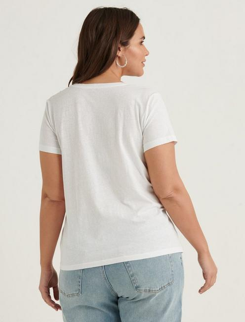 ESSENTIAL V-NECK TEE, BRIGHT WHITE